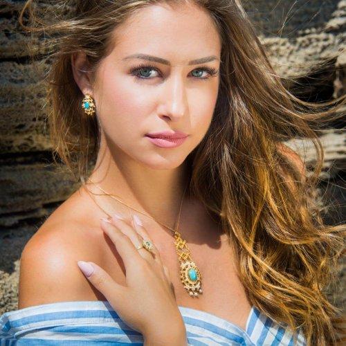 pendente rosette turchese - orecchini ovali turchese - anello perle